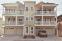 Prime Location*Newer 3 Bedroom Beach Block * Steps to Morey s