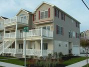 Popular rental! 2 weeks open in August, 5 bedroom with garage near beach!