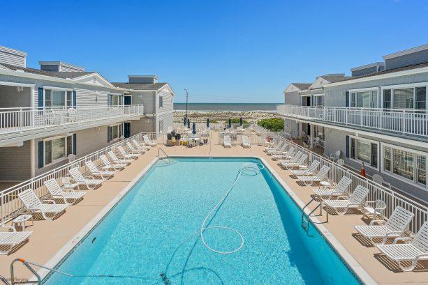 Affordable Beach Front Condo w Great Beach & Ocean Views - 1 BR + 1 Bath