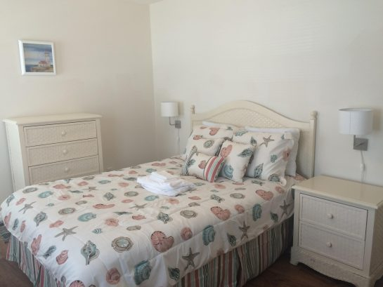 UNIT B BEDROOM