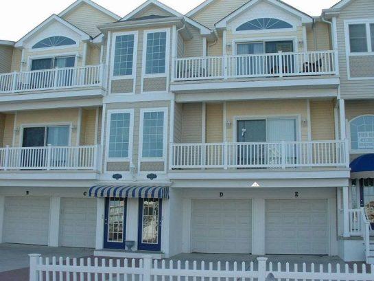 Last Week of the Season Left Aug 27-Sept 4th $2195.00 Labor Day Free* Beach Block 1st Floor Condo *