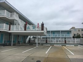 TAKING BEST OFFER HURRY N CALL! POOL, STEPS TO BEACH/BOARDWALK!CLEAN & COZY 2 BR, 2ND FLOOR SLEEPS 6