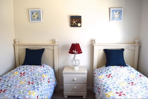 Bedroom Number 3 with 2 Twin Beds