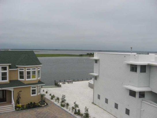 Week of August 19th Still Open - Save $250 - Bay Front - Pool- Incredible Bay Views- Elevator