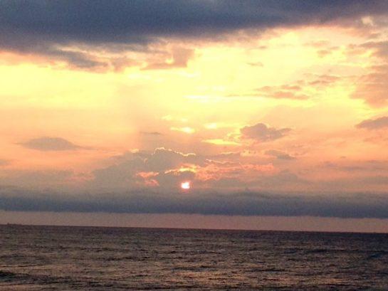 2014 Late August Sunrise - Walk to the Beach!!