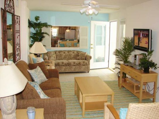 Living Area: 2 new Sleepers, HDTV, Ocean Views