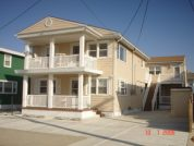 Wildwood Crest Top Floor BEACH BLOCK New Kitchen and updated photos!