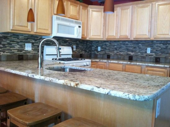 New Granite Kitchen & Backsplash