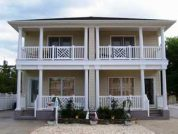 New KeyWest Style *Small Pet Friendly* Summer & Winter Rentals