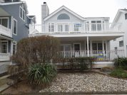 CHARMING 4 BEDROOM.STEPS TO BEST NORTHEND BEACH