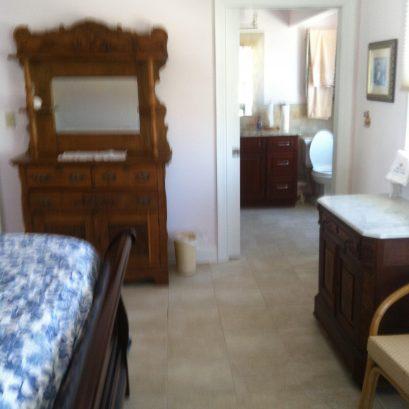 King bedroom on second floor