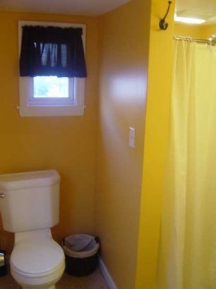 LIL COTTAGE UPPER: Newly renovated bathroom with shower