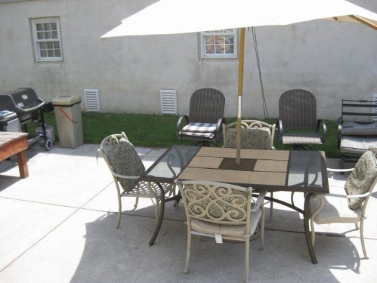 Courtyard and Barbeque Area