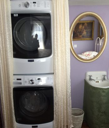 New (2015) XL capacity Maytag front-loading washer and dryer