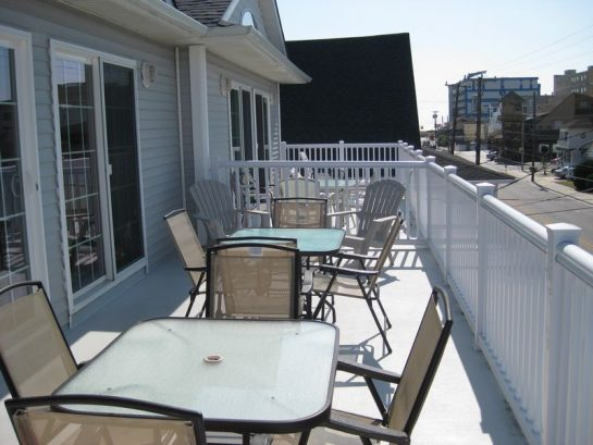 Large Deck With Tables & Chairs