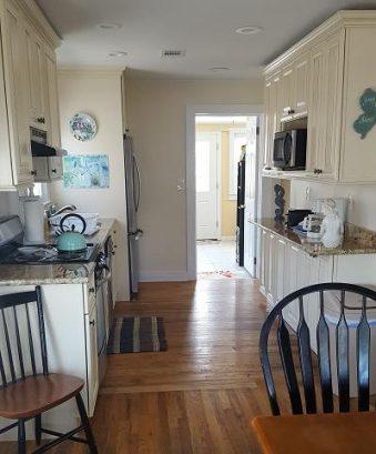 Yellow House - Kitchen Area