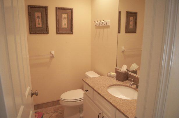 Hallway Full Size Bath