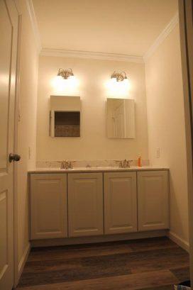 2nd Floor Shared Master Bathroom