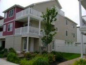 Luxury 4 bedroom/2bath/pool/free wifi/less than a block to boardwalk,beach,amusements. Sleeps 10