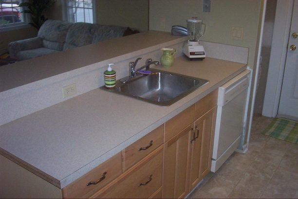 Kitchen (33 A Lafayette Ave)