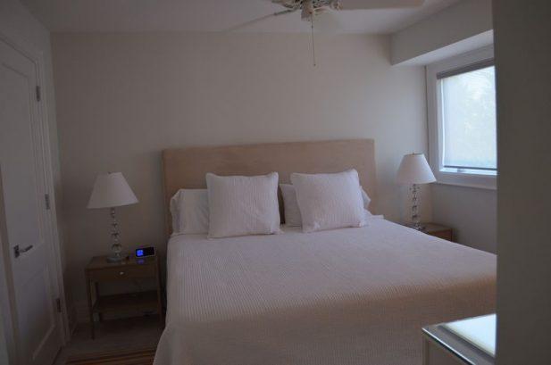King Bedroom - 1st floor