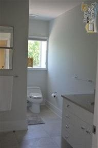 Full Bath - 1st Floor - Entry From Bedroom And Hall