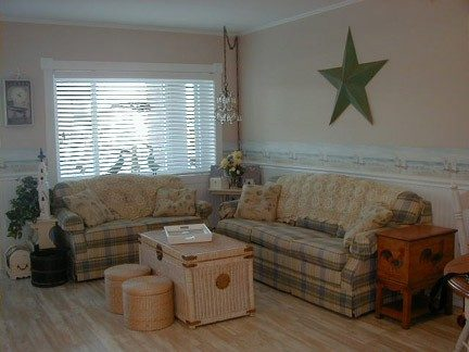 Warm Living Area with 1 Queen Lazy Boy Sleeper/Sofa