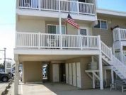Spacious 2 Bedroom Condo 2 Blocks to Beach Covered Parking!!!