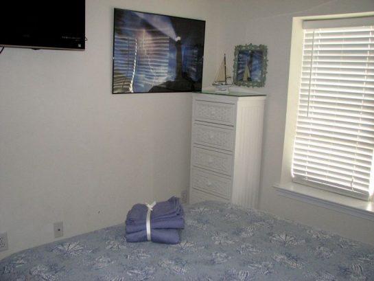 Master Bedroom - 32 Inch Tv - 203