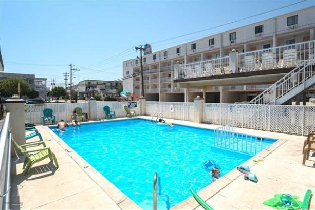 Newly Furnished Beach Holiday End Unit Condo #301