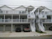 Pine Avenue Condo* 2 Blocks to Beach * Watch Fireworks from Deck. 3 Bedroom, 2 bath Condo.