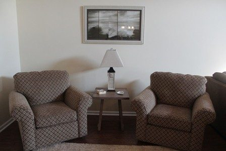Sitting area to read and relax. Condo wifi enabled