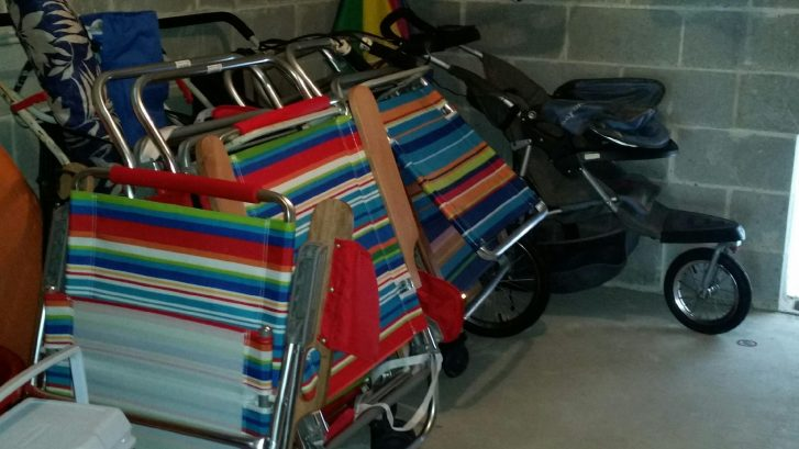 Chairs, Umbrella, pull carts, runing stroller available