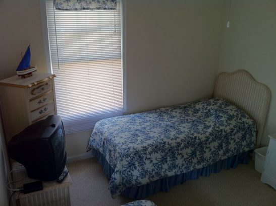 Third Bedroom ? Two Twin Beds.