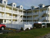Oceanfront 2 Bedroom Condo ***Heated Pool**