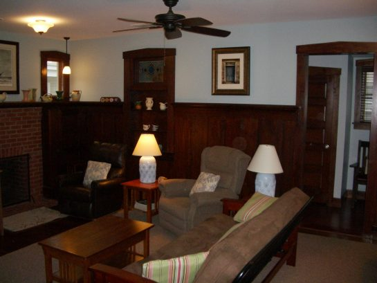 Large living room with 2 ceiling fans