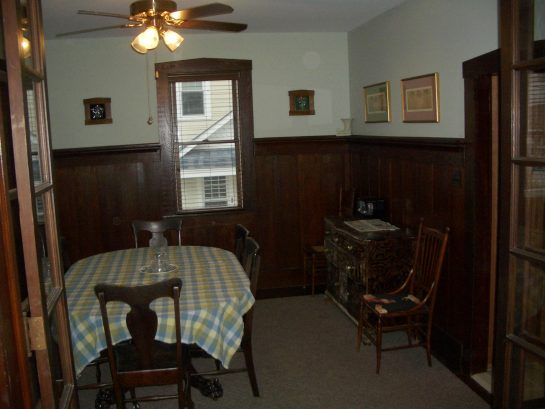Dining room with bump out window