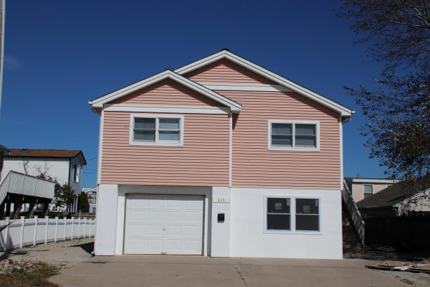PRETTY IN PINK NEW 3/4 BEDROOM RANCH | Long Beach Island ...