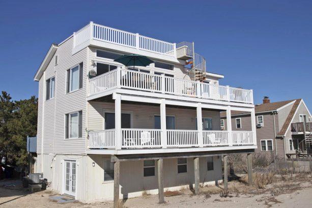 SANDY HAVEN STUPENDOUS FIVE BEDROOM OCEANFRONT HOUSE