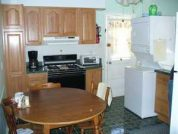2 BR Apt 2 blks to BEACH! 3 blks to Entertainment!