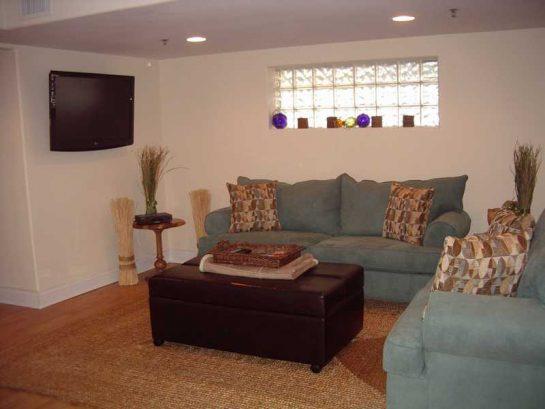Livingroom Unit 1