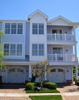 1611 Surf Ave #2 *Hemingways by the Sea* FAMILIES OR ADULTS OVER THE AGE OF 27 ONLY SHOULD INQUIRE