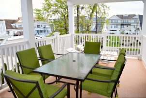 405 E 17th Ave #1 *Hemingways by the Sea* FAMILIES OR ADULTS OVER THE AGE OF 27 ONLY SHOULD INQUIRE