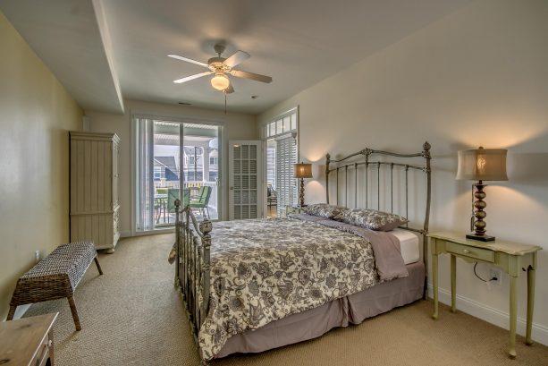 Master Bedroom (front) Sliders to Deck