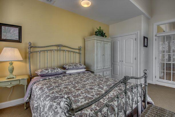Front Bedroom Sliders to Deck