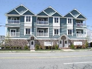 FRONT OF CONDO ON ATLANTIC   MY UNIT IS UPPER LEFT CORNER