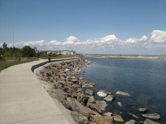 Seawall - Walk, Run - No Bikes permitted