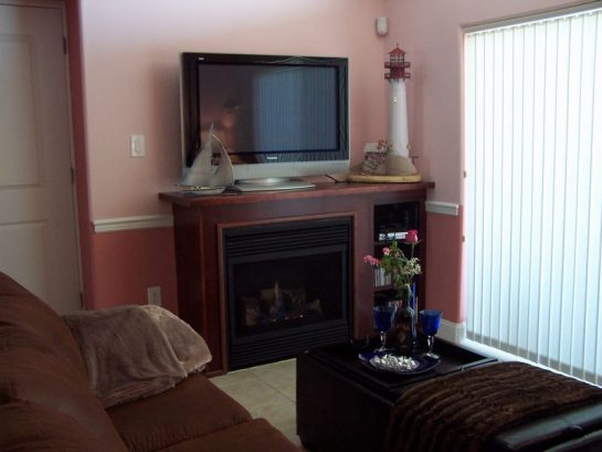 42 Tv/dvd/cd; Wifi; Fireplace""