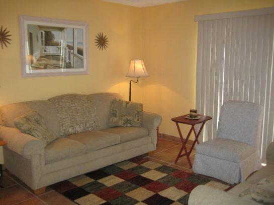 Cozy Living Room With Sleeper Sofa
