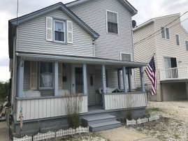 4 BDRM, Single Family Home , Sleeps 10! Perfect updated beach house! 2020 SEASONAL RENTAL - $22,950